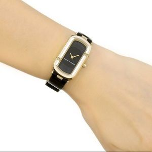 """NWOT Marc Jacobs Women's """"The Jacobs"""" Gold Watch"""